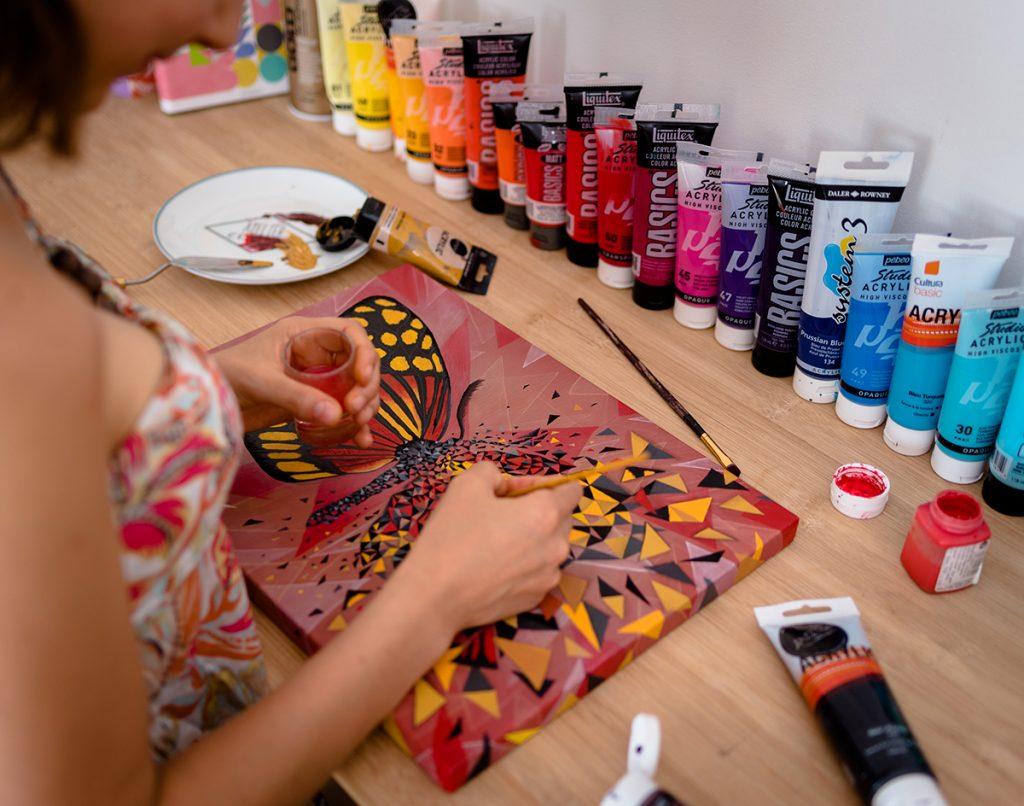 Butterfly effect est une série évoquant l'effet papillon en peinture par Sabrina Beretta