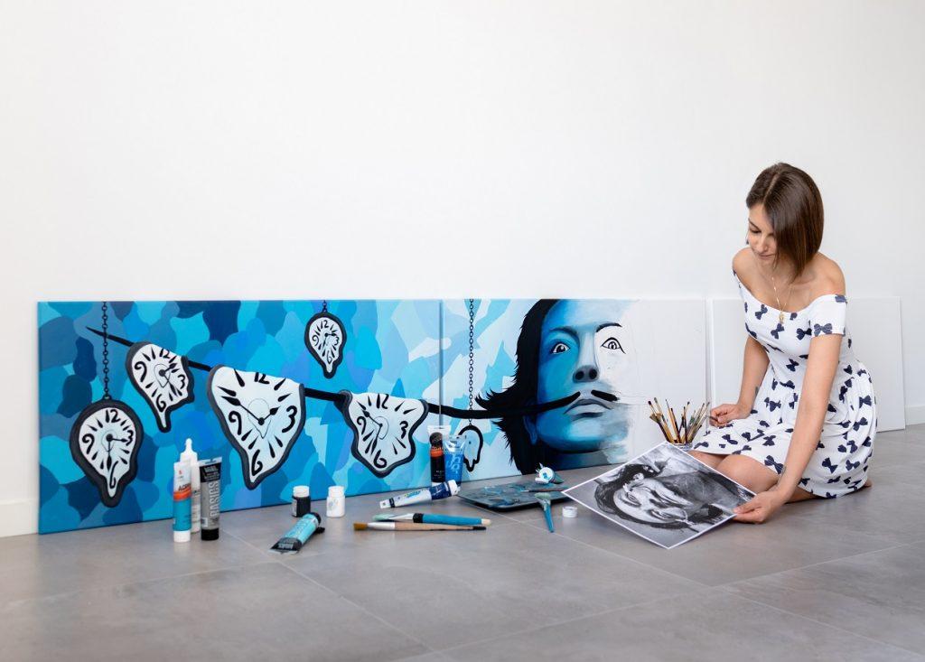fresque en peinture sur triptyque Dali par Sabrina Beretta