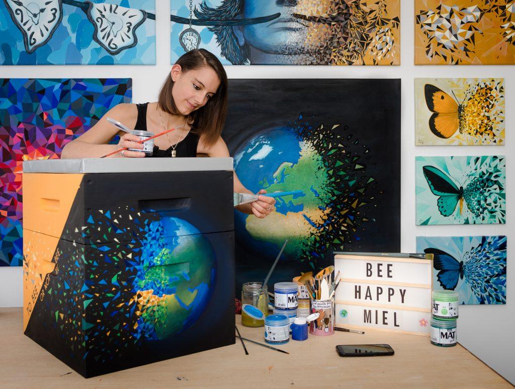 Ruche réalisée par l'artiste sabrina beretta pour la préservation de l'environnement