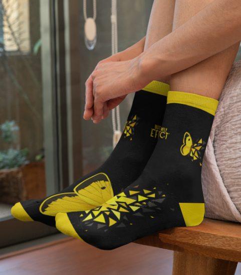 chaussettes effet papillon de sabrina beretta avec la marque quanailles